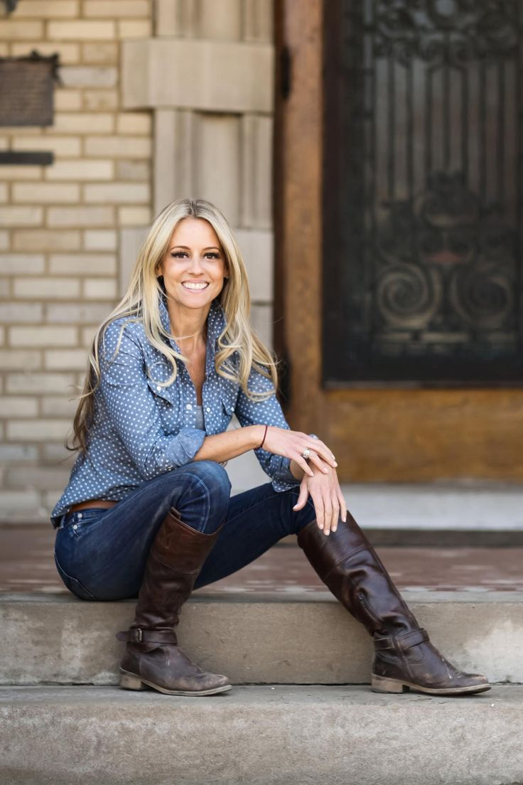 181 best images about nicole curtis on pinterest for What does nicole curtis house look like