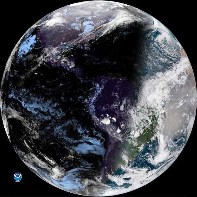 Santo Domingo, En la madrugadael cielo permaneció nuboso con algunas precipitaciones hacia la parte oriental y centro del país, esto es como consecuencia del transporte de nubosidad que aporta el flujo de viento deleste/noreste, que continúa siendo el factor determinante en las condiciones de...