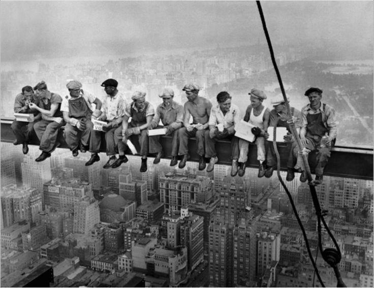 Almuerzo en la cima de un rascacielos