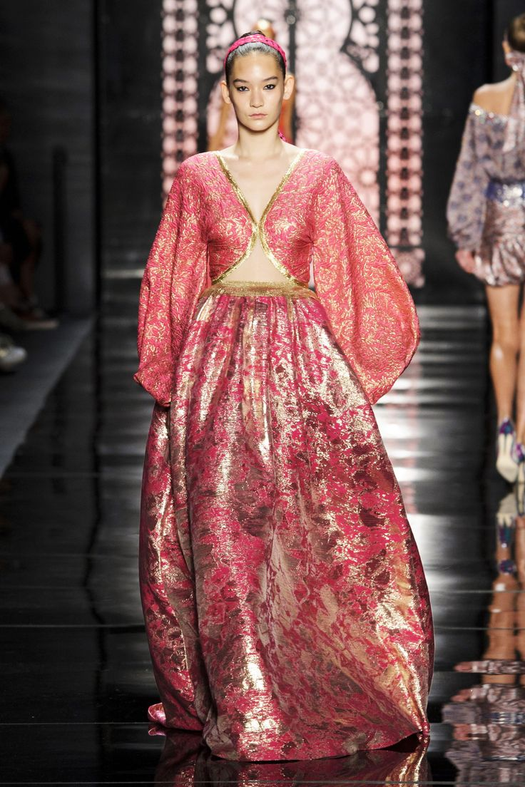 Mejores 64 imágenes de bohemian style couture in miniatur en ...