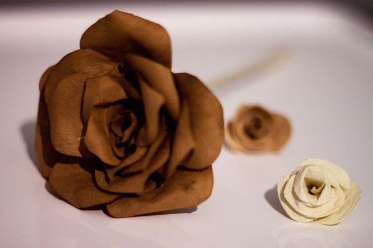 Jak po pracy, nie myśleć o pracy? justineyes.com #paper #flowers #rose