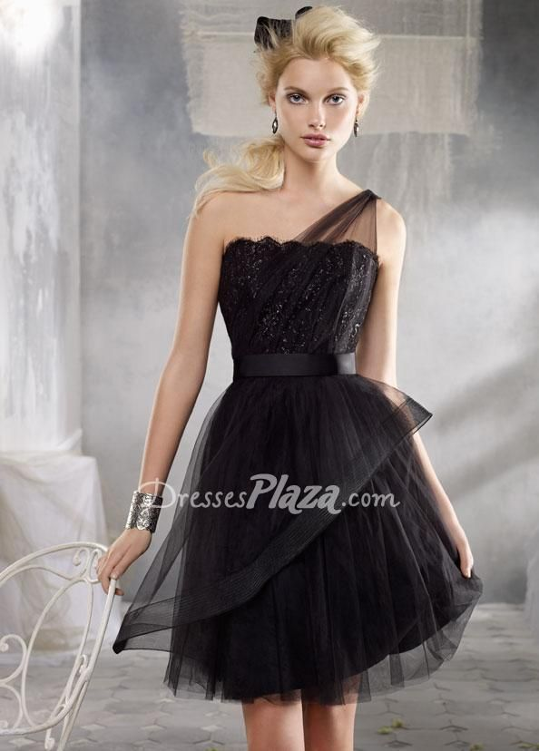 Stunning Black Tulle One Shoulder Sleeveless A Line Short Lace Bodice Bridesmaid Dress At Dressesplaza