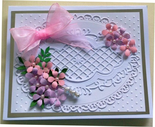 white card using spellbinders elegant ovals and marianne dies  www.delabur.co.uk