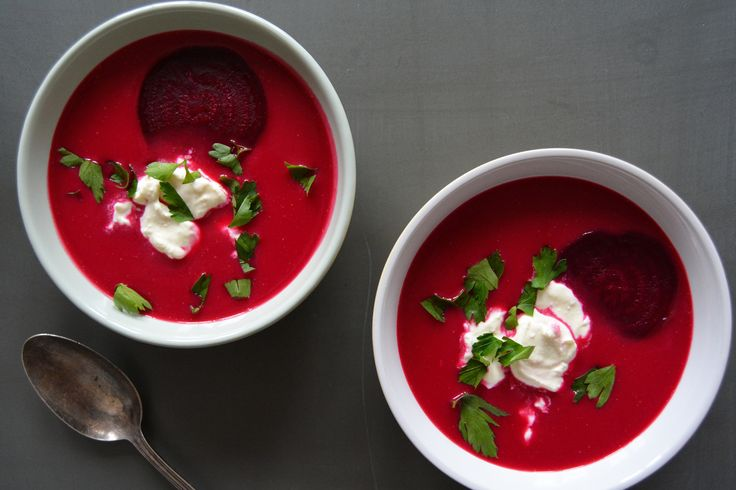 Beetroot soup with creamy white cheese topping
