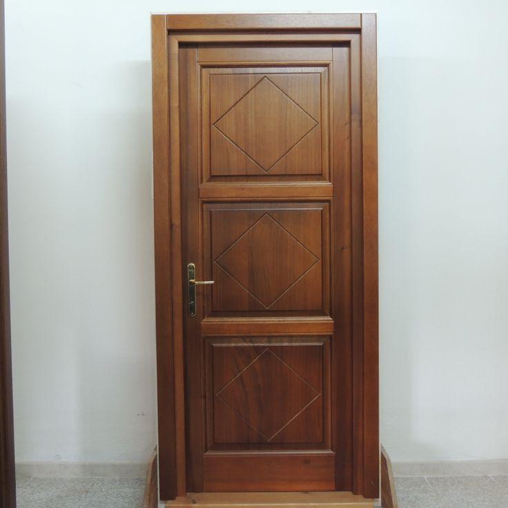 Porta in legno di toulipier a tre pannelli pantografati