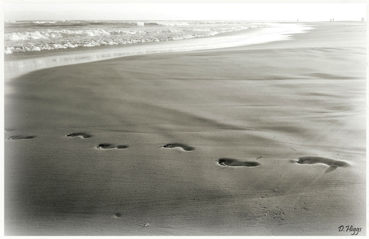 """""""Walk of life""""  -  by photographer DHPhotography Jeffrey's Bay"""