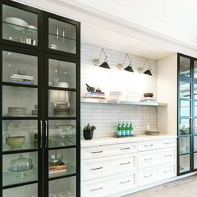 Too Many Plates To Handle Get Special Crockery Units With Your Kitchen Counters At 20 Discounted Crockery Unit Crockery Cabinet Design Crockery Unit Design