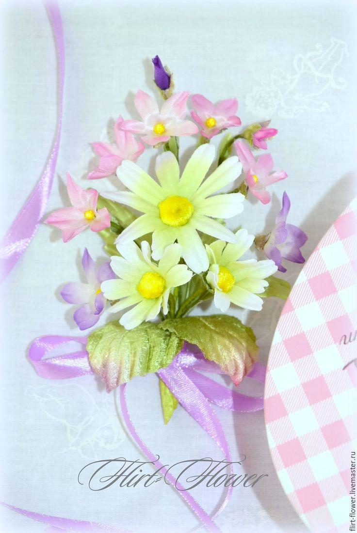 Купить Весенний букетик цветов ромашки и фиалки из шелка - букетик цветов, букетик полевых цветов