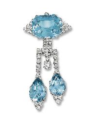 AN ART DECO AQUAMARINE AND DIAMOND BROOCH, BY CARTIER