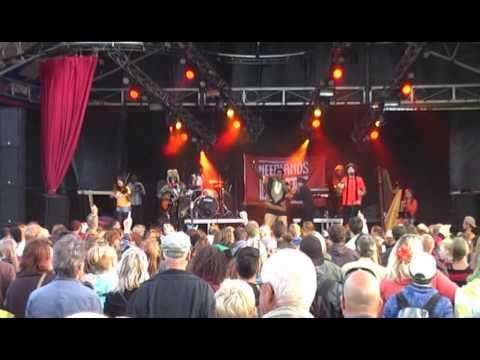 Neerlands Dope scoort op Oerol - YouTube