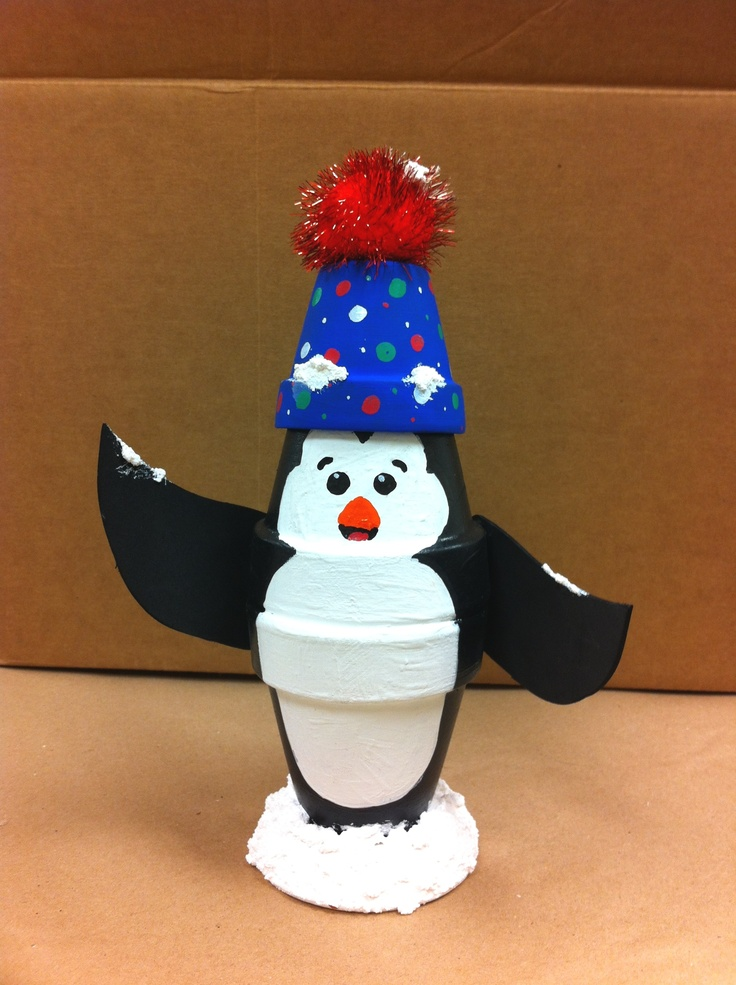 Snowy Penguin by Amy Hartman, A.C. Moore, Manahawkin, NJ #claypot #craft #christmas