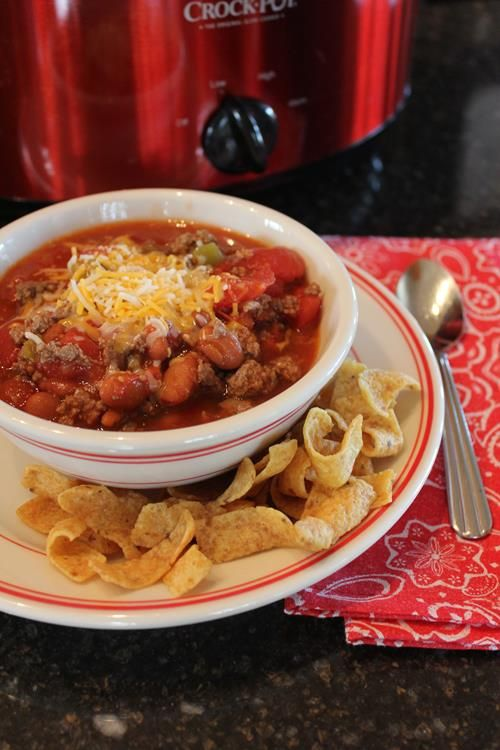 186 best quick and easy dinner ideas images on pinterest this quick and easy 5 ingredient chili recipe goes together in no time and uses basic ingredients it can be made on the stove top or in the slow cooker forumfinder Choice Image