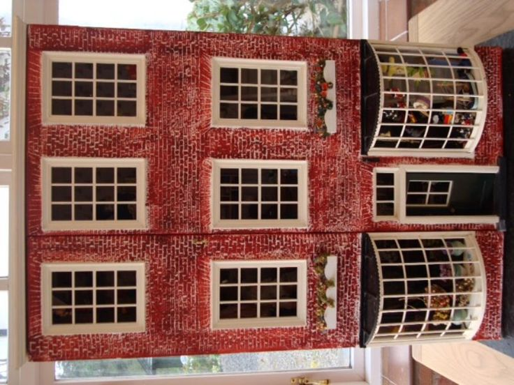 For Sale - Beautiful Norman Rockwell Memories of Christmas doll house for sale - The Dolls House Exchange