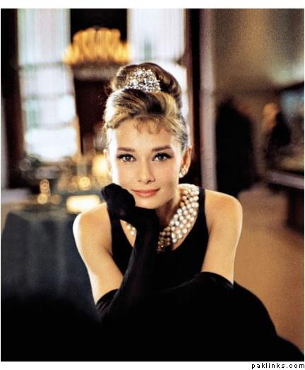 Audry Hepburn en desayuno con diamantes.