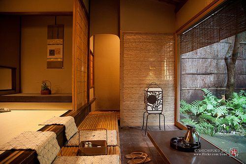 KYOTO -TAWARAYA RYOKAN<ROOM OF MIDORI> JP / 京都、おいでやす、俵屋旅館、本館-翠の間、俵屋相伝、はんなりと古都、京都