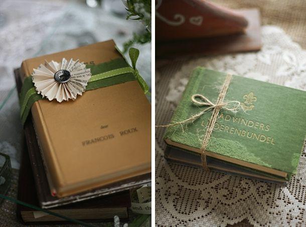 A&R014-southboundbride-umtamvuna-boho-literary-themed-wedding-andrea-carlyle
