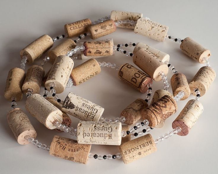 Wine Cork Garland, Wine Cork Crafts, Rustic Wedding Decor, Wholesale, Wine Cork Wreath by MaxplanationPhotos on Etsy