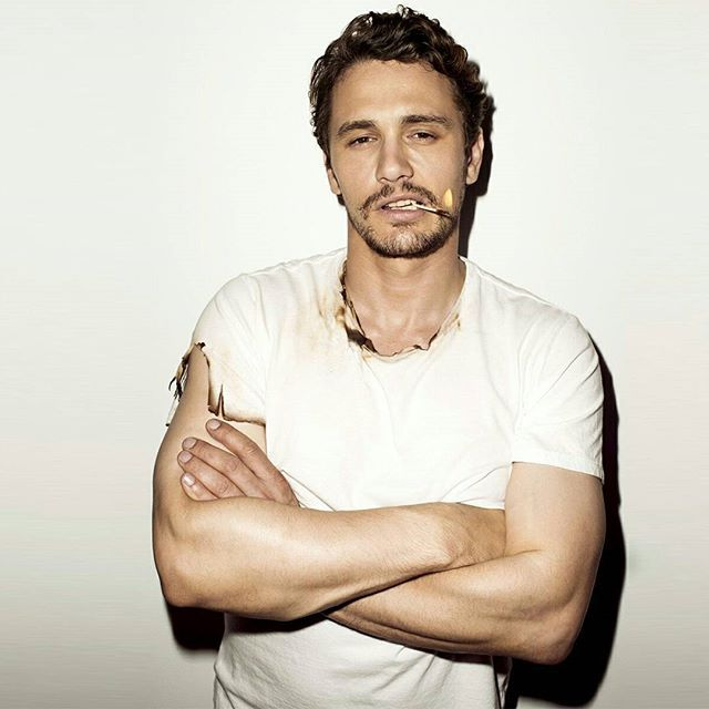📽📽📽📽📽📽📽📽📽📽 JAMES FRANCO - ⬇⬇ FRANCO FACTS ⬇⬇ ●James Franco thinks that sleep is for the weak and doesn't understand people who love to sleep! He sleeps for just a few hours each night and indulges in several cat naps during the day to make it through, with an assistant who helps get him to his appointments, his classes, his meals and more, so he doesn't need to think much about it. According to James's younger brother, actor Dave Franco, James's terrible sleep habits are because…
