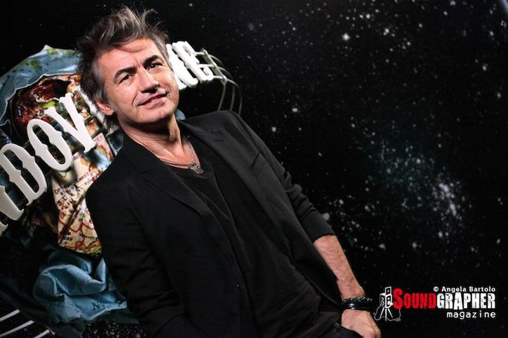 LIGABUE - http://www.soundgrapher.com/ligabue-presenta-mondovisione-a-milano/