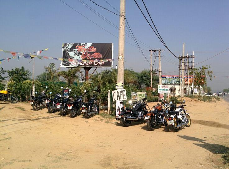 www.motohood.in #instamotor #India #instabike #cruising #MotoTherapy #motorcyclesofinstagram #motorbikes #motorcycle #motorbike #motorcycles #Kawasaki #instamoto #instamotogallery #Fun #ride #bike #bikerlife #moto #honda #Yamaha #motorcyclespirit #bikersofinstagram #bikerlife #love #amazing #instacool #style #love #instalove #followme #bikeporn #instamotorcycles #bikecafe
