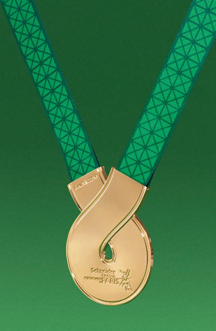 2014 Medaille Schneider Marathon de Paris - 5.5 designstudio