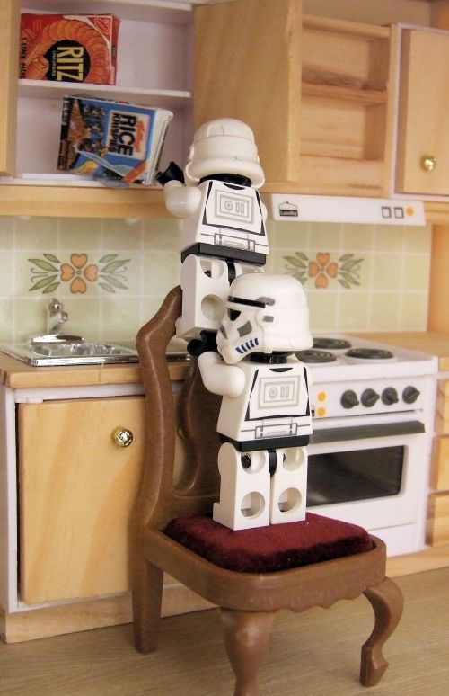Breakfast time for stormtroopers
