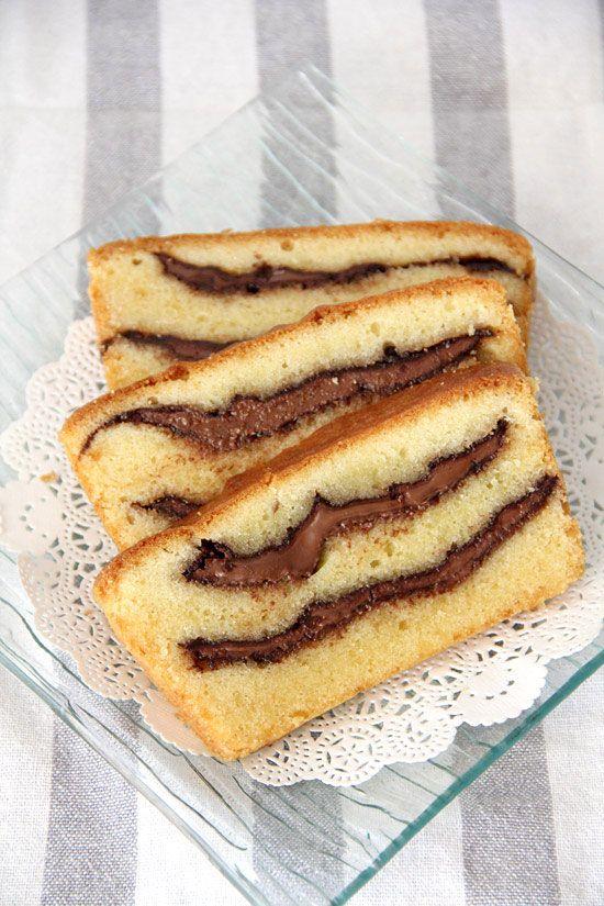 Υπέροχο κέϊκ βανίλιας με γέμιση Nutella