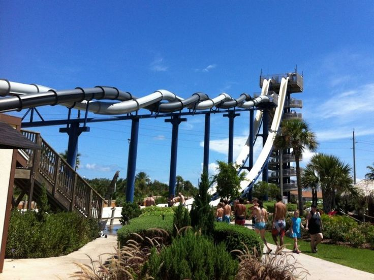 The F5: Twin Twisters ride at Schlitterbahn in Galveston, Texas, was named of of 8 Wild Water Park Rides by Conde Nast Traveler! This pair of slides—twined around one another like a double helix—pumps 900 gallons of water each minute, propelling riders forward at 35 miles per hour.