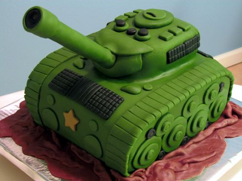 Army Tank Cake - Check out my site www.allthatfrost.com