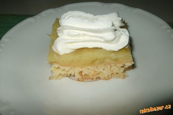 Rebarborový koláč.