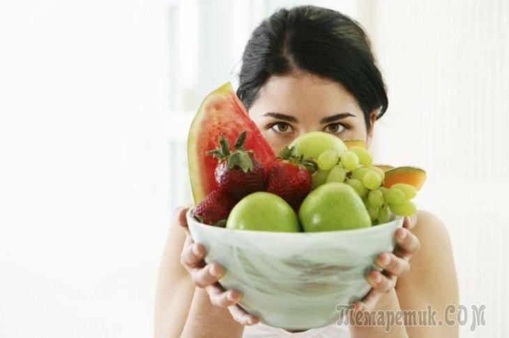 Бывает, что вы поели не так давно, а голод подкрадывается снова и склоняет вас к тому, чтобы съесть какую-нибудь вкусняшку. Причиной этого могут быть разные факторы. Возможно, вы пьёте мало воды, и на...