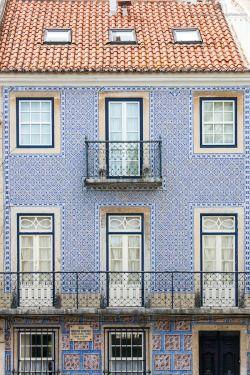 Building Facade in Rua do Pau da Bandeira by Andre Vicente Goncalves Building Facade in Rua do Pau da Bandeira, Estrela, Lisbon, Portugal, Europe See more photos at: http://j.mp/1BA2pVG
