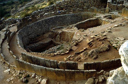 Grèce Mycènes : cercle des tombes
