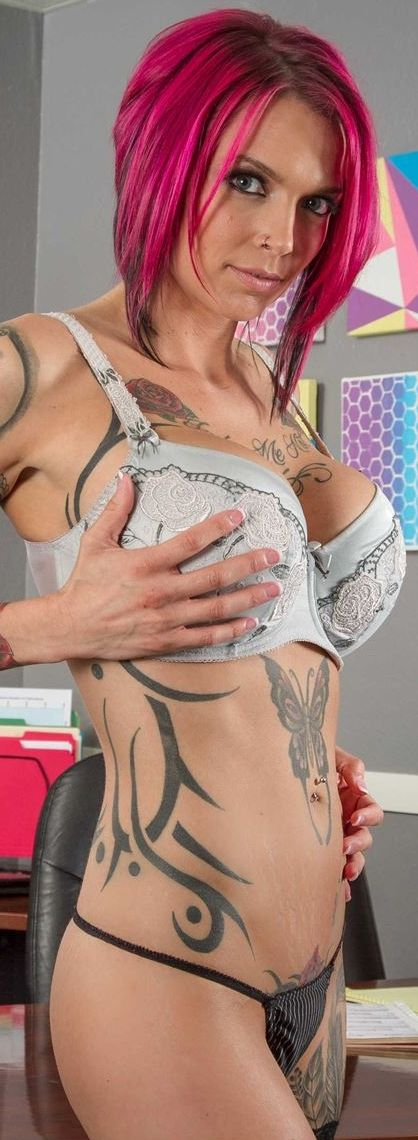 Puremature inked up milf anna bell peaks gets pussy filled - 1 2