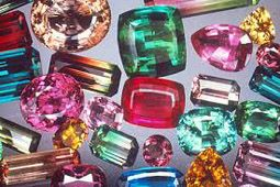 What's My Birthstone | Tourmaline is the October Birthstone. Find Birthstone Jewellery by Booth and Booth
