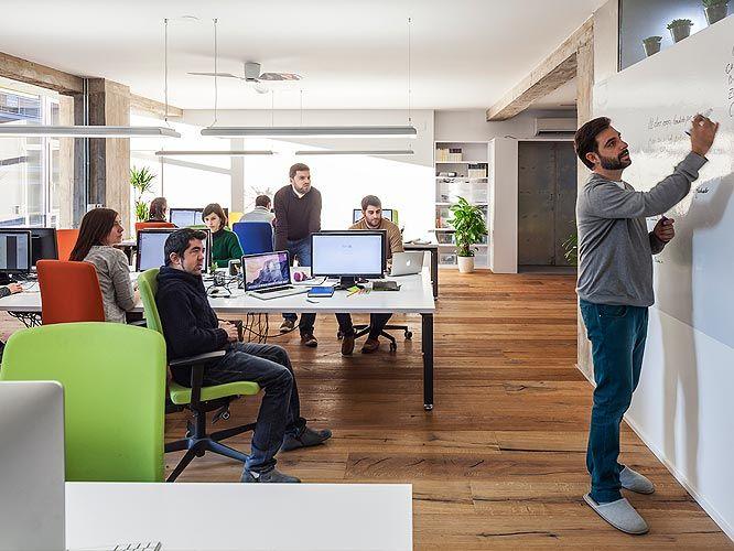 Luz, color, capacidad de adaptación, flexibilidad... ¿qué le pides tú a un espacio de trabajo? #EspacioTrabajoSitback #oficina