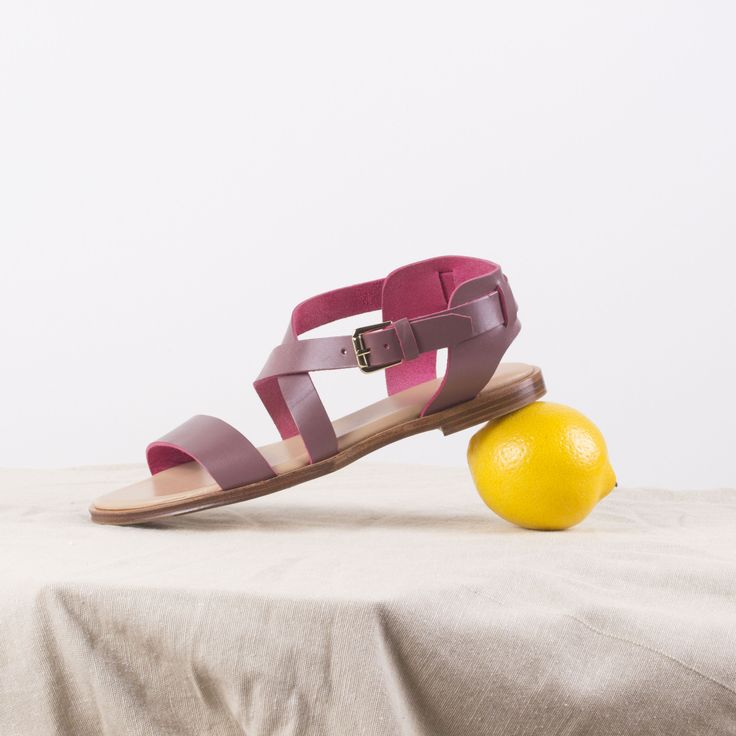 New in: the Caballo sandals in Mauve. Pack them for a chic beach getaway with flowy summer dresses.  #aretegoods #leathersandals #vegetanleather #mauvesandals