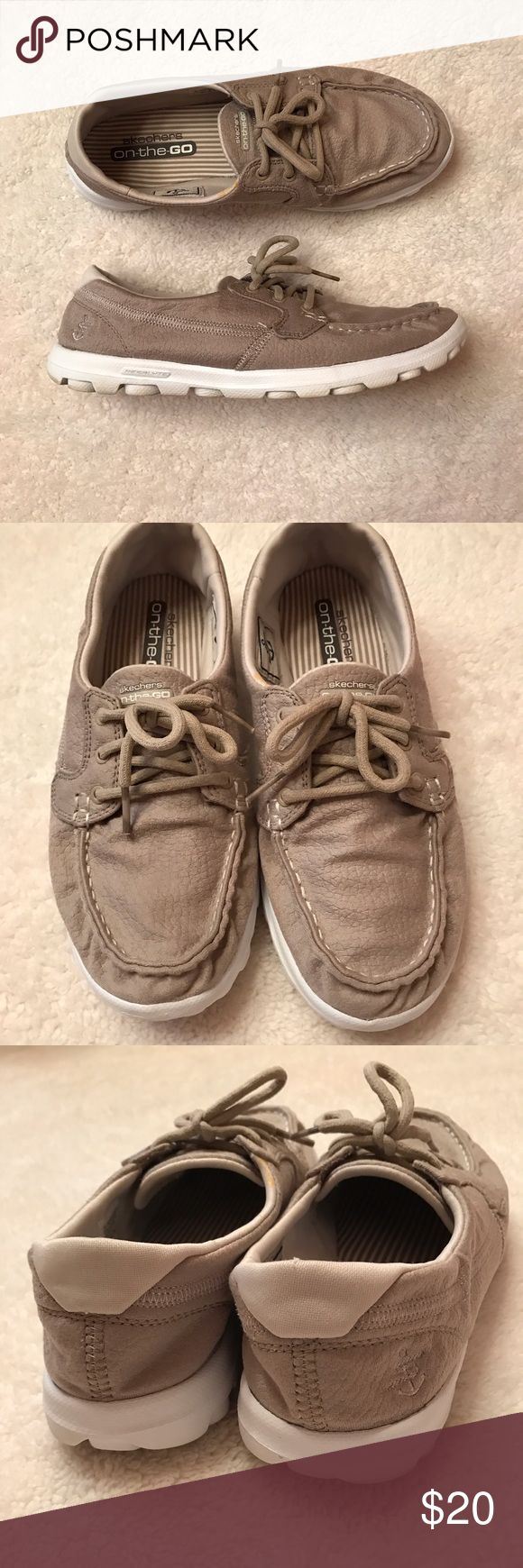 Skechers on the go boat shoe Great used condition super lightweight and comfortable Skechers Shoes Flats & Loafers
