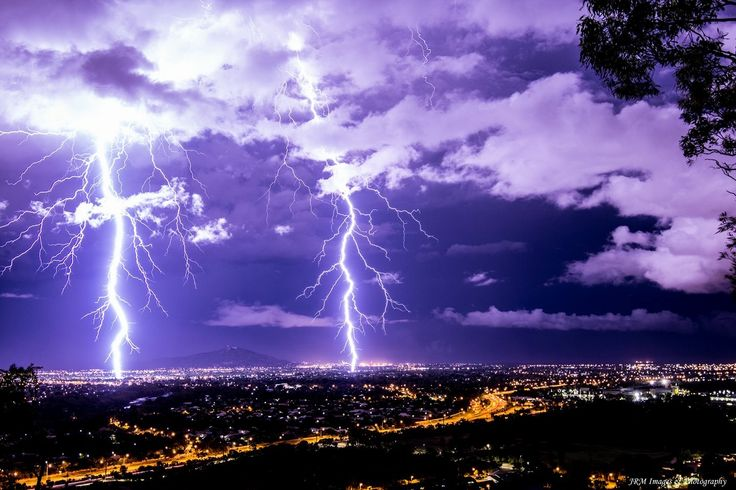 Wicked lightning show over Townsville this morning! Mother Nature sure knows how to put on a grand performance 😍👌   ~Pic by JRM Photography~  Lightning Storm Electrical Strike Double  Sunrise Photography Landscape Townsville  Queensland Australia Tourism Tourist