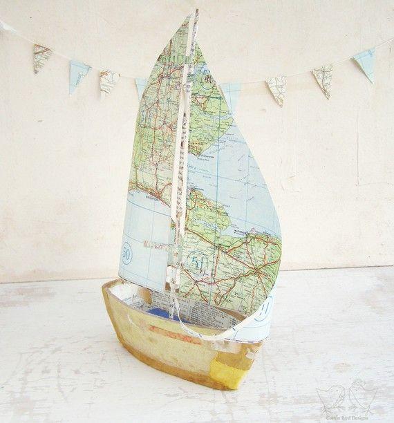 Ein Kartensegelboot
