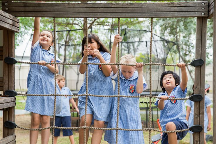Lars Laj w Berkley International School http://www.berkeley.ac.th