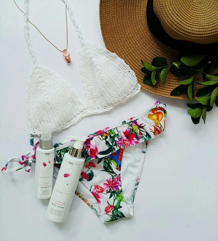 Weekend plans... #purewhitecosmetics #naturalbeauty #naturalskincare #naturalcosmetics #greenbeauty #greenskincare #skincare #organic #organicbeauty #beachessentials #beachlife #bikini