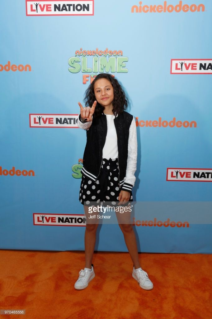 Nickelodeon Slimefest 2019 Chicago : nickelodeon, slimefest, chicago, Nickelodeon, Slimefest, Photos, Premium, Pictures, Nickelodeon,, Girls