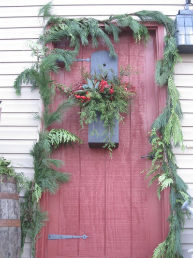 Primitive Christmas Country Christmas Winter Christmas Merry Christmas Porch Decorating Front Porch Door Ideas Holiday Decor Christmas Decor & 236 best Doors images on Pinterest | Xmas Christmas decor and ...