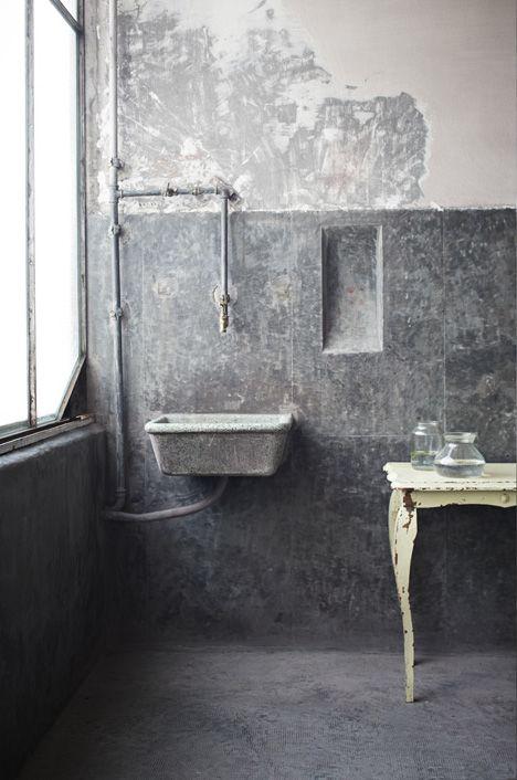 Concrete and distressed - via Coco Lapine Design