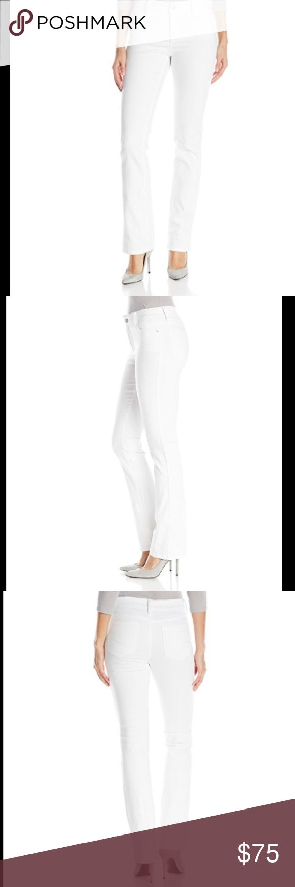 "NEW $195 NYDJ White Bootcut Jeans 18P NEW With Tags $195 NYDJ White Bootcut Jeans in size 18P. Inseam: approx 30"".                      98% Cotton, 2% Spandex Zipper closure Machine Wash Mini bootcut jean featuring classic five-pocket styling and zip fly with button Lift tuck technology NYDJ Jeans Boot Cut"