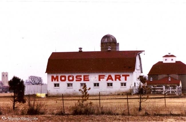 Illinois Weird: Moose Fart Barn.  Batavia, Illinois
