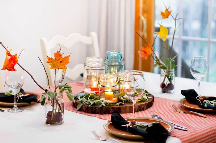 """The Not Naturally Organized Parent's Guide to the Holidays"": Dining Rooms, Tables Sets, Decor Ideas, The Holidays, Fall Decor, Autumn Leaves, Fall Tables, Centerpieces, Mason Jars"
