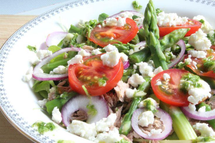 Paas Recept eetclean.nl salade met asperges close up 2