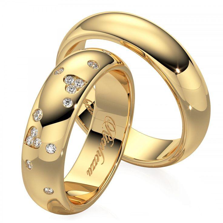Глянцевые обручальные кольца имеют невероятный блеск и праздничное сияние каждый день. Кольца с глянцевой поверхностью очень просты в уходе и неприхотливы в использовании.  Обручальные кольца с бриллиантами - это ,безусловно, уже традиция. Кольца украшают самым прочным в мире драгоценным камнем, символом бесконечной надежности, вечности и благополучия. Обручальные кольца с бриллиантами очень выгодно подчеркнут Ваш новый социальный